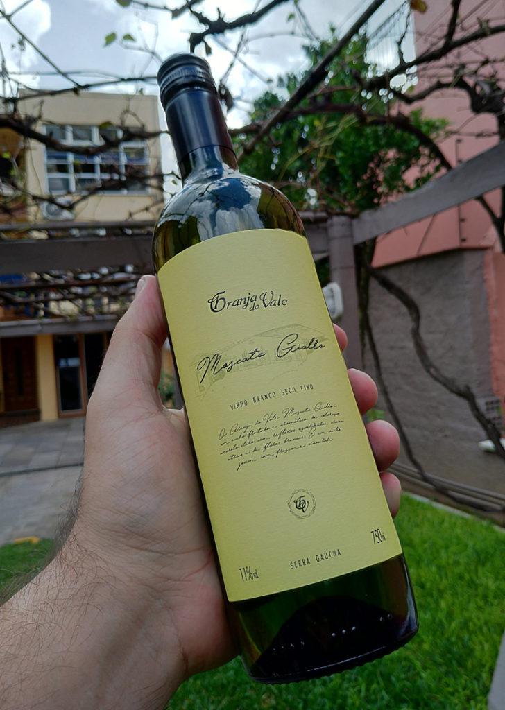 Ilustração de rótulo para vinho moscato giallo da zanrosso
